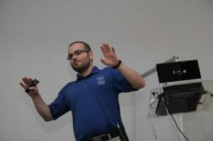 Luis Fraile durante la ponencia en expoQA'12